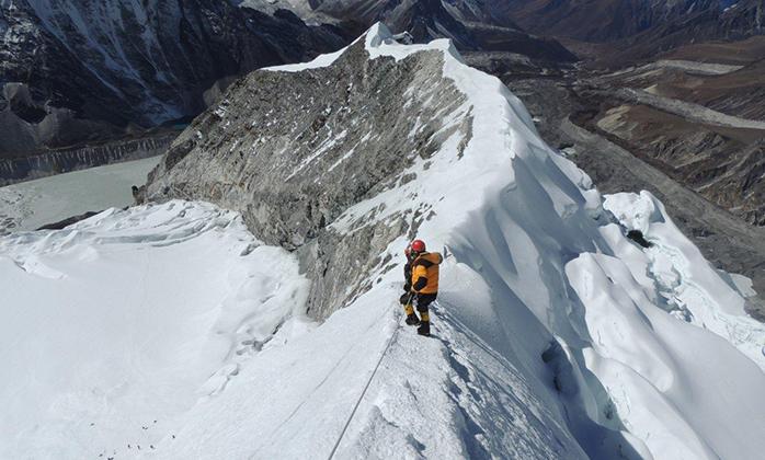 Pisang-Peak-Climbing-III