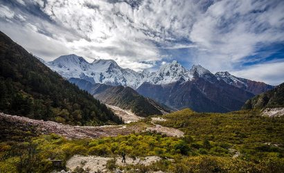 Manaslu Circuit Trek 12 Days